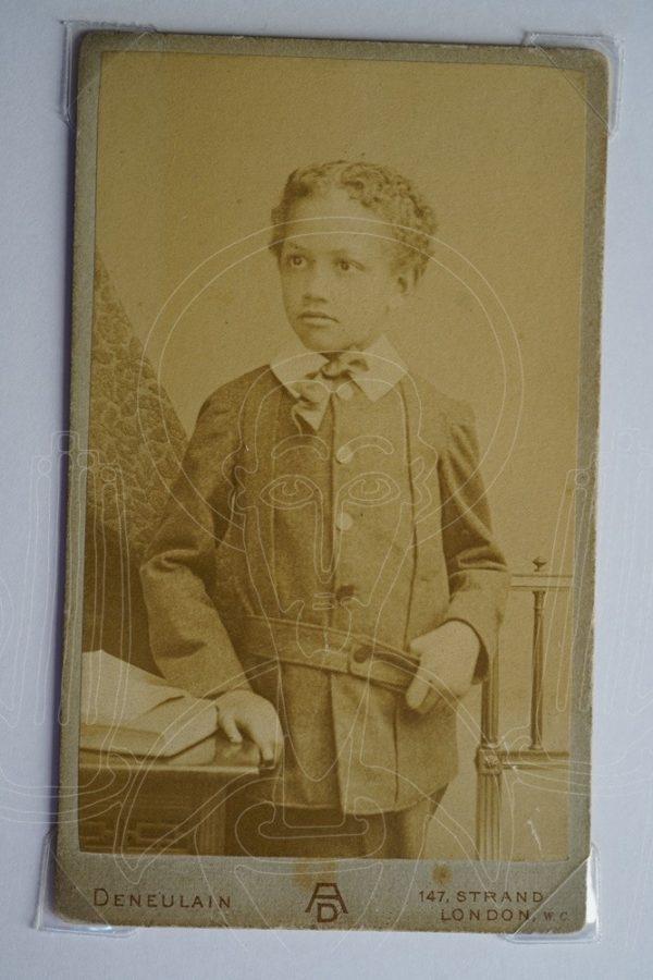 Photographer: Albert Deneulain, London. Buste présumé d'Alämayyähu Tewodros (1860-1879), fils de Tewodros II, circa 1868-1879.